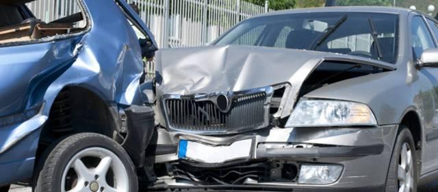 Consulta Gratuita en Español Cercas de Mí con Abogados de Accidentes y Choques de Autos y Carros en Chula Vista California